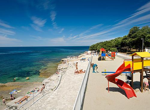 La plage Crnika