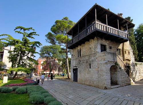 Romanesque house - Poreč