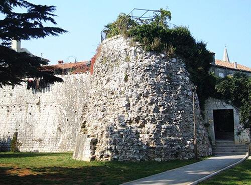 La tour Poreč