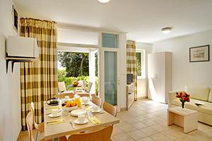 Lanterna apartments parenzo croazia appartamenti for Camere a porec